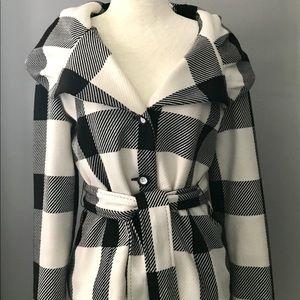 Size 4/6 Joseph Ribkoff jacket